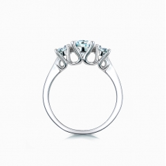 elegant triple cluster ring
