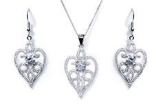 amore pendant and earring set